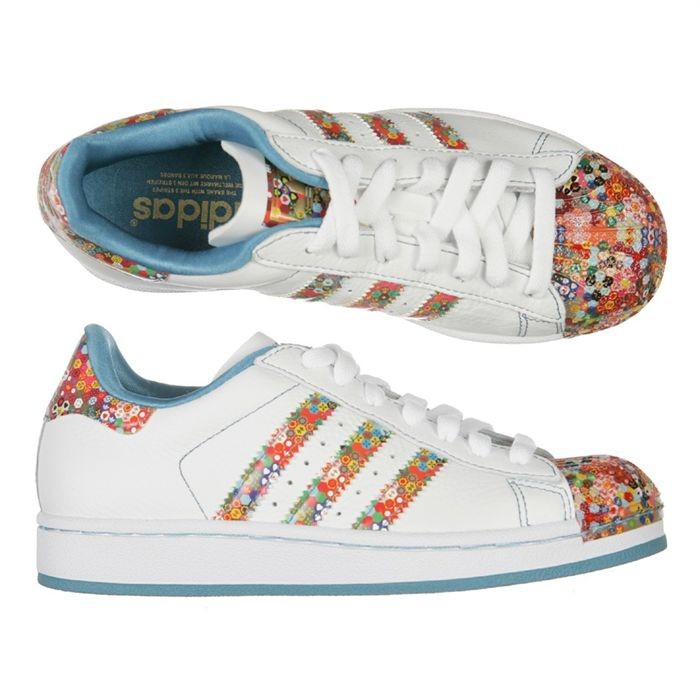 adidas superstars motif
